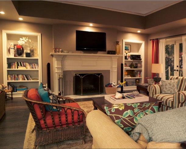 A lo modern family la casa de los dunphy doordresser for Modern family dunphy house decor
